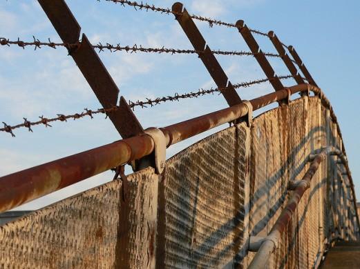 fence_fear_johas-bengtsson
